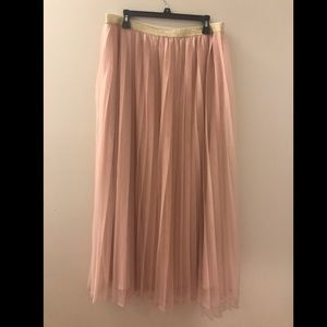 NWT XL Pleated Tulle Maxi Skirt